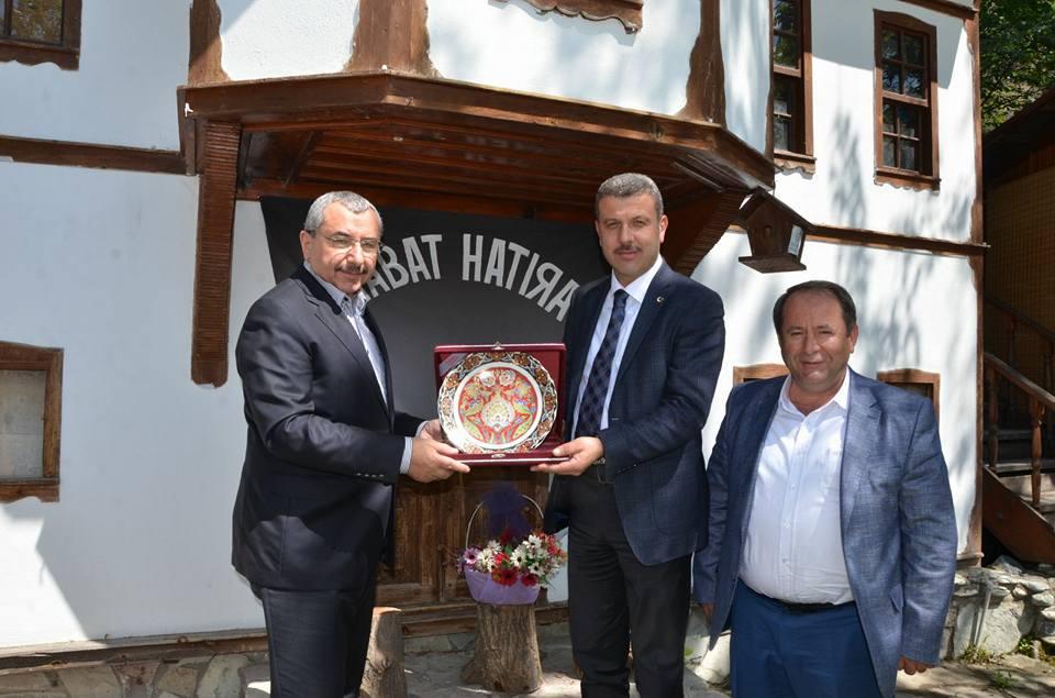 Sancaktepe Belediye Başkanı İsmail Erdem ilçemizi gezdi