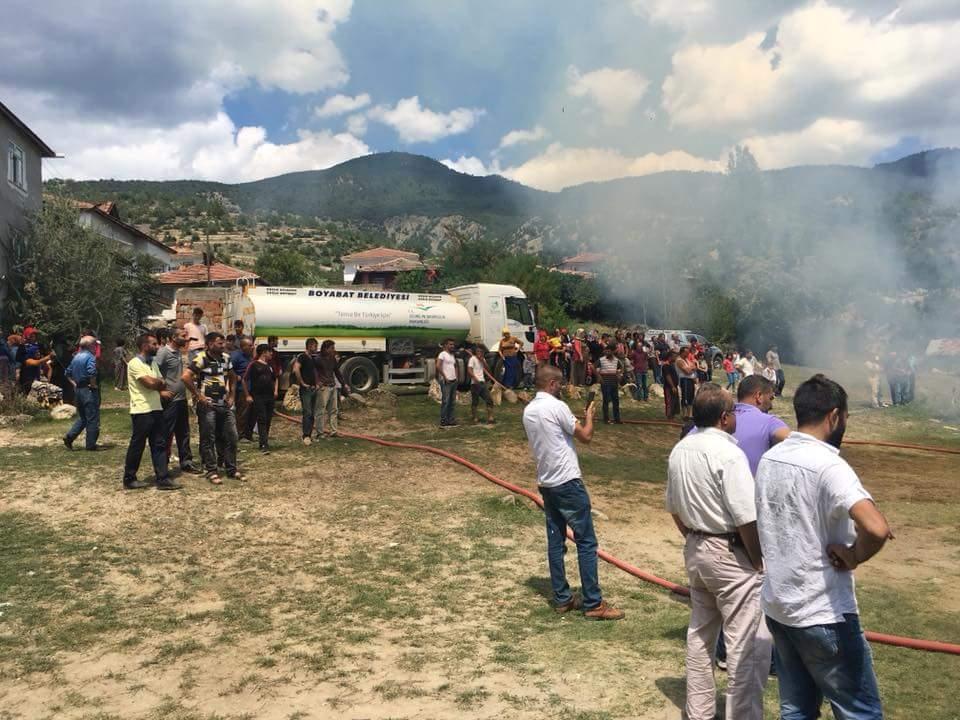 Boyabat Binerli Köyünde Yangın