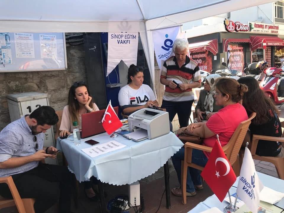 Sinop Eğitim Vakfı Bilgilendirme Yapıyor