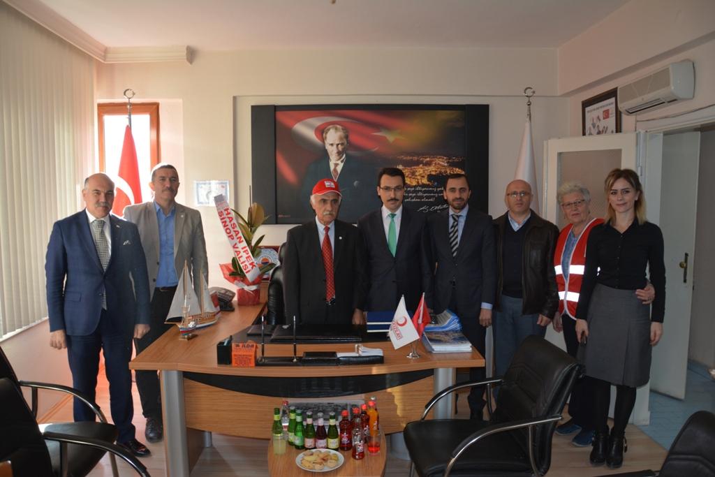 İl Müftüsü Çelik'tenKızılay Sinop Şubesine Ziyaret