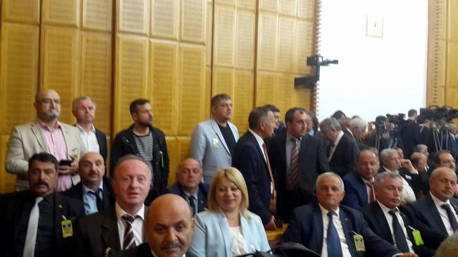 Sinop MHP, Bahçeli'yi mecliste ziyaret etti