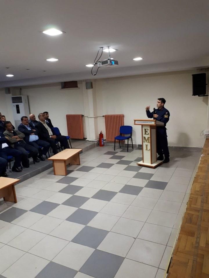 Bizim Projemiz kapsamında Boyabat İlçe Jandarma Komutanlığınca yürütülen ''Köy Muhtarlarımızla seminer'' projesi hayata geçirildi.