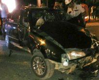 Boyabat Sanayi Kavşağında Trafik Kazası 3 Yaralı