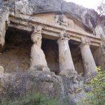 Boyabat Salar Köyü Kaya Mezarlığı