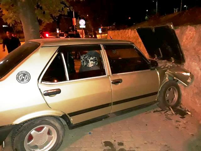 Boyabat Saraydüzü Kavşağında Maddi Hasarlı Trafik Kazası