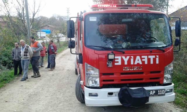 Köyde Traktör Devrildi. 1 Ölü