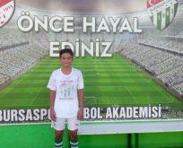 Gerze Gücü Spor'un başarılı futbolcularından Kürşat Doğan, Bursa Spor yolunda.