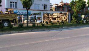 Kontrolü Kaybeden Minibüs Karşı Şeride Geçti