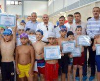 Yüzücüler Sertifikalarını Aldılar