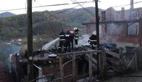 Sinop'u Yasa Bogan Acı Haber , 1 Çocuk 3 Kişi Yanarak Can Verdi