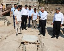 Sinop Valisi Kazı Çalışmalarını Yerinde İnceledi