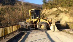 Köy Bağlantı Ara Yolları Kapatıldı