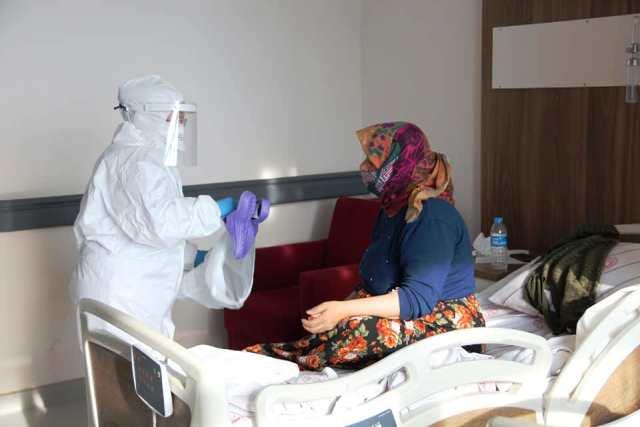 Sinop Devlet Hastanesine Yardımlar Ulaşmaya Devam Ediyor
